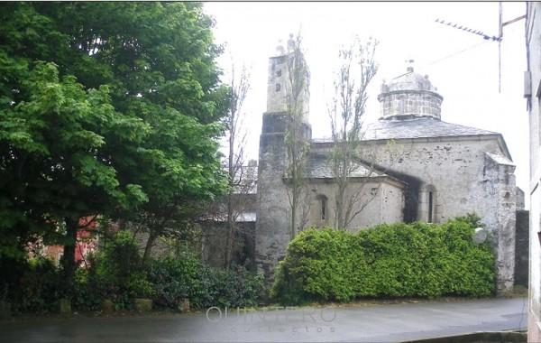 Iglesia y palomar, Navia